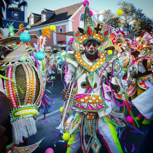 junkanoo-bahamas-new-year-parade-23-600x600