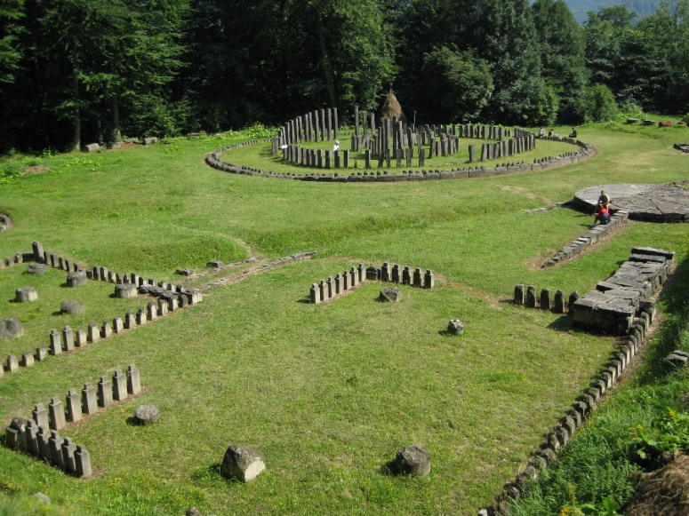 Hoia-Baciu-Forest-Circle-Neolithic-1